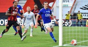 VIDEO – Bek Leicester Dapat Kartu Merah Konyol Usai Kebobolan, Harus Absen hingga Akhir Musim – Bolasport.com
