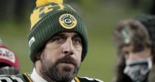 Aaron Rodgers Trade Rumors: Packers Not Budging, Don't Want to Move QB – Bleacher Report